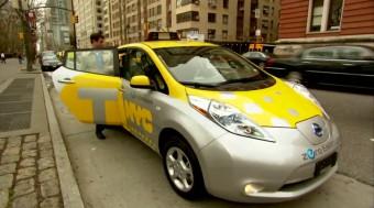 Žluté taxíky v New Yorku doplní elektromobily Nissan Leaf