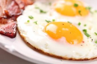 Vajíčka zvyšují cholesterol - MÝTUS!