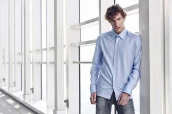 Klasická luxusní košile dokáže obléci ministra, učitele, lékaře ...
