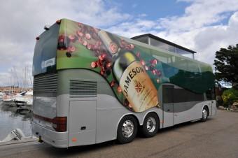 Jameson bus je zpátky